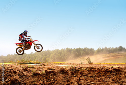 motocross skok