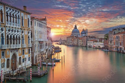 Wenecja. Obraz canal Grande w Wenecji, bazylika Santa Maria Della Salute w tle.