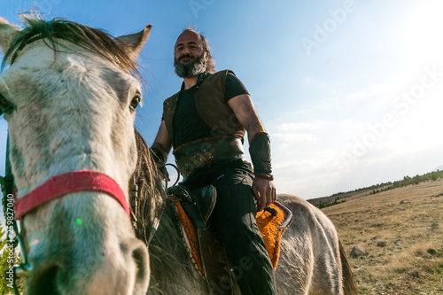 Garnitur turków i jazda konna