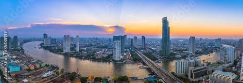 Krajobraz rzeki w Bangkoku krajobraz z słońca