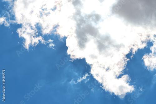 tle puszyste chmury chmury