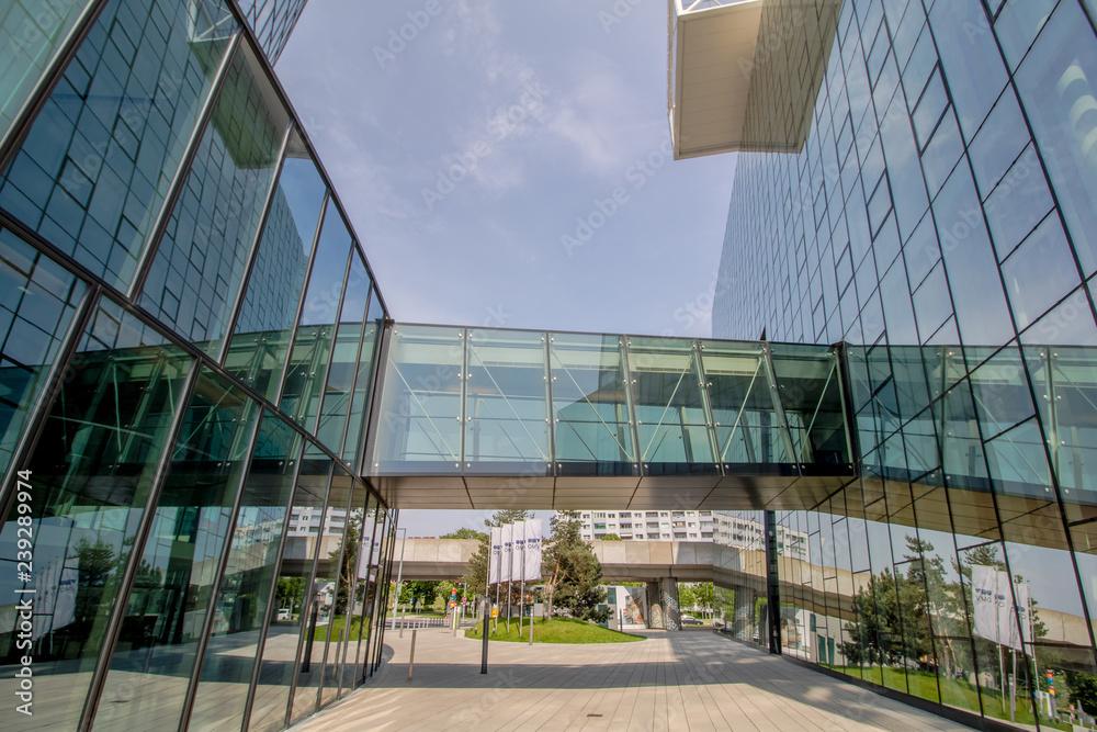 Kwartału Dwa-to nowoczesny kompleks biurowo - mieszkaniowej w 2. Dzielnicach Leopoldstadt