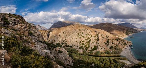 Preveli, palmowy las, rzeka wpada do morza, Kreta, Grecja