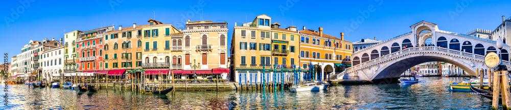 most Rialto w Wenecji - Włochy
