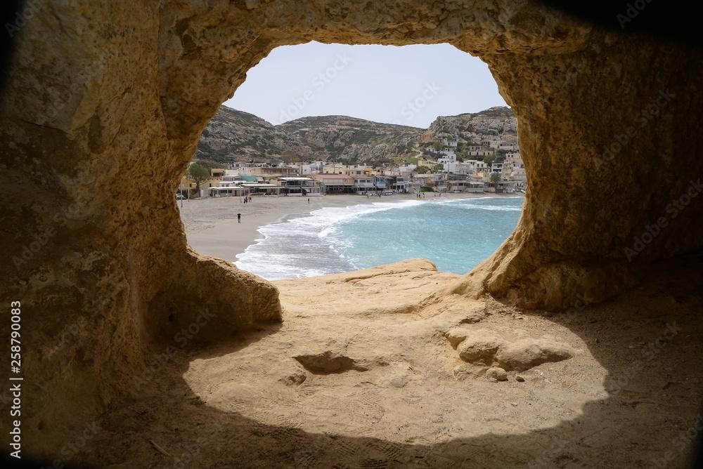 Widok z jaskini w Матале