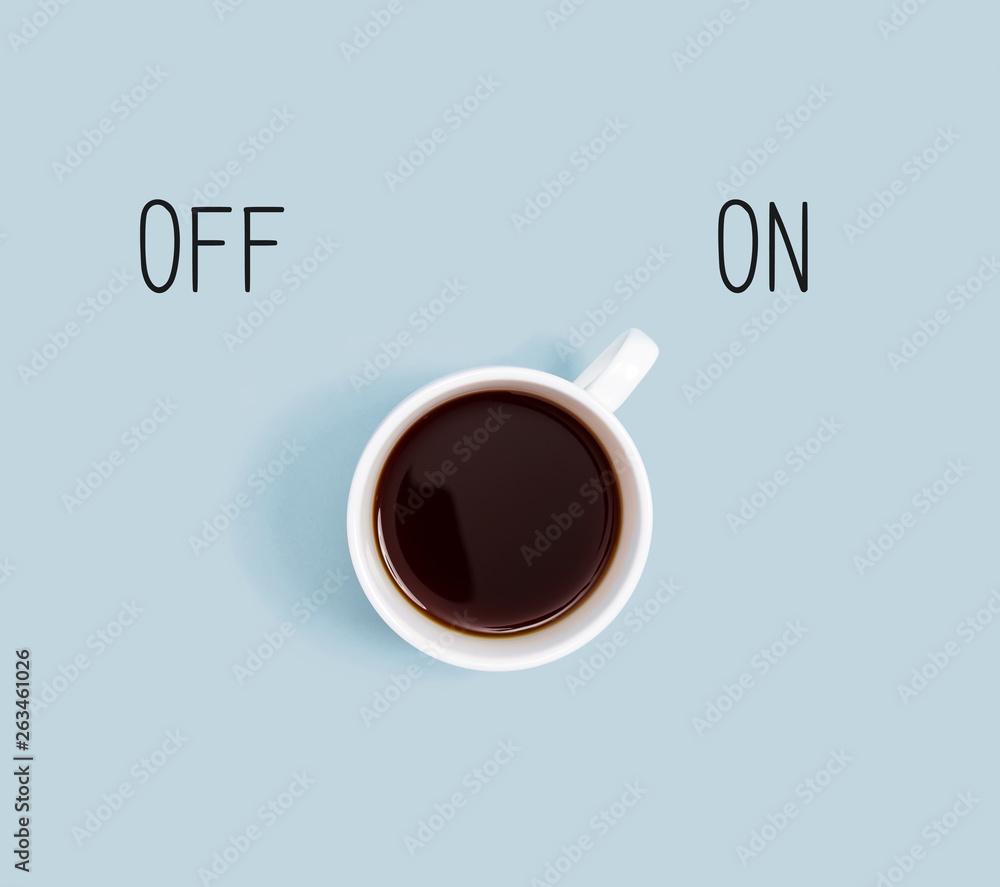 Kawa z moc na przełącznik, widok z góry płaskiego leżała