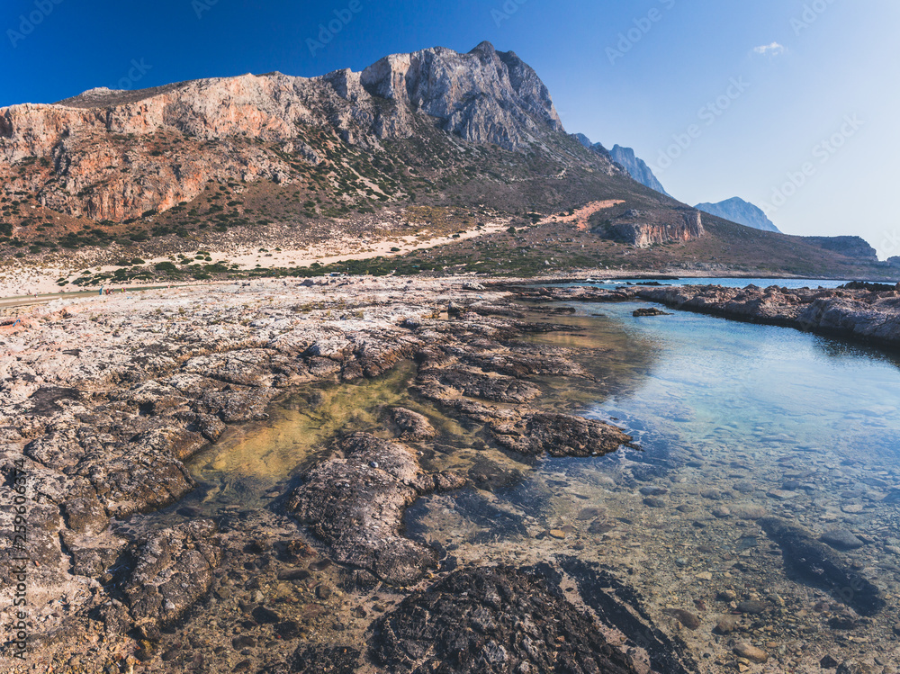 Skalistej części laguny Balos.