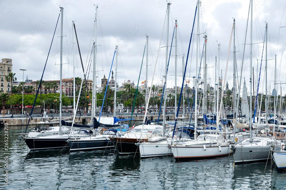 Łodzi w Hiszpania Barcelona Marina