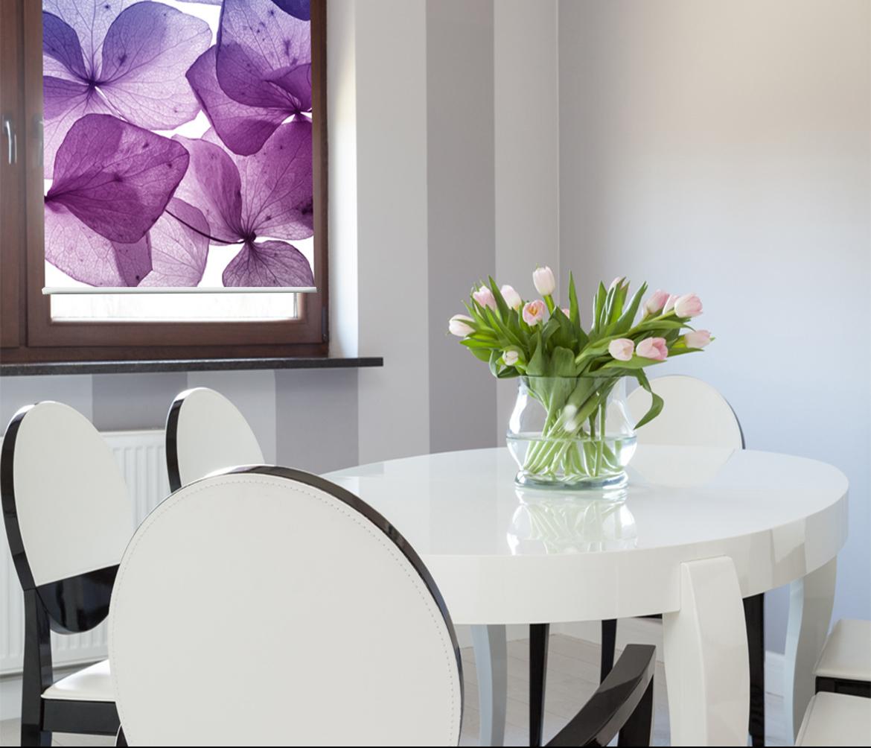 Fotoroleta do kuchni z kwiatowym nadrukiem